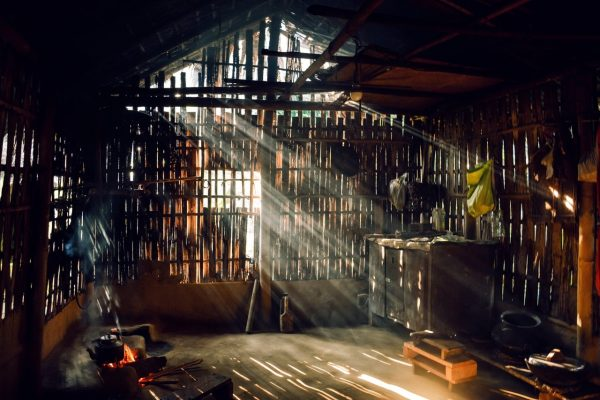 wooden-barn-2058752